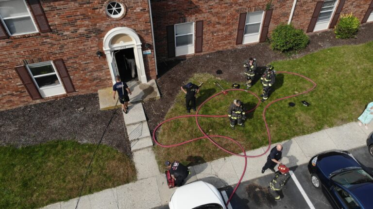 Working Apartment fire in Wayne Township